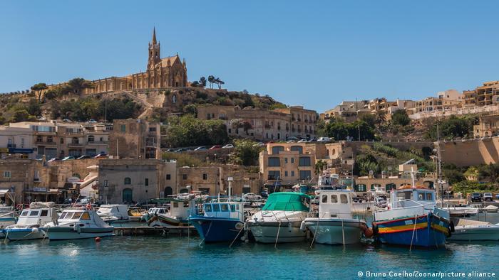 Photo of Коронавирус: Мальта готова платить иностранным туристам до 200 евро
