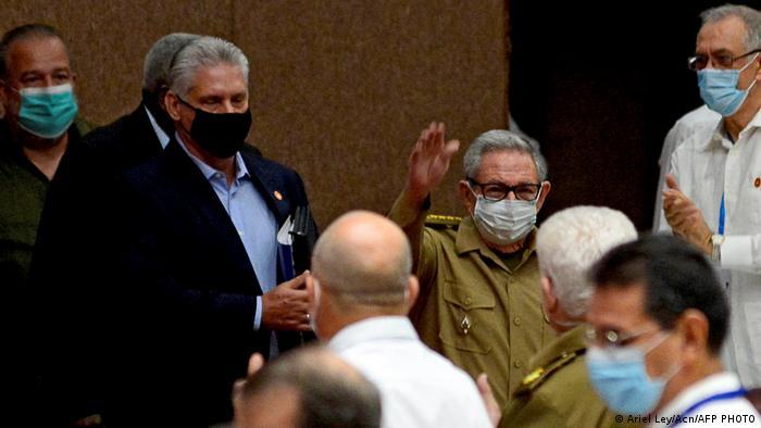 Photo of Мигель Диас-Канель сменил Рауля Кастро на посту главы Компартии Кубы