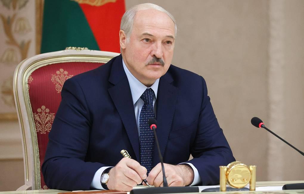 Photo of Лукашенко заявил, что на его убийство было выделено $10 млн