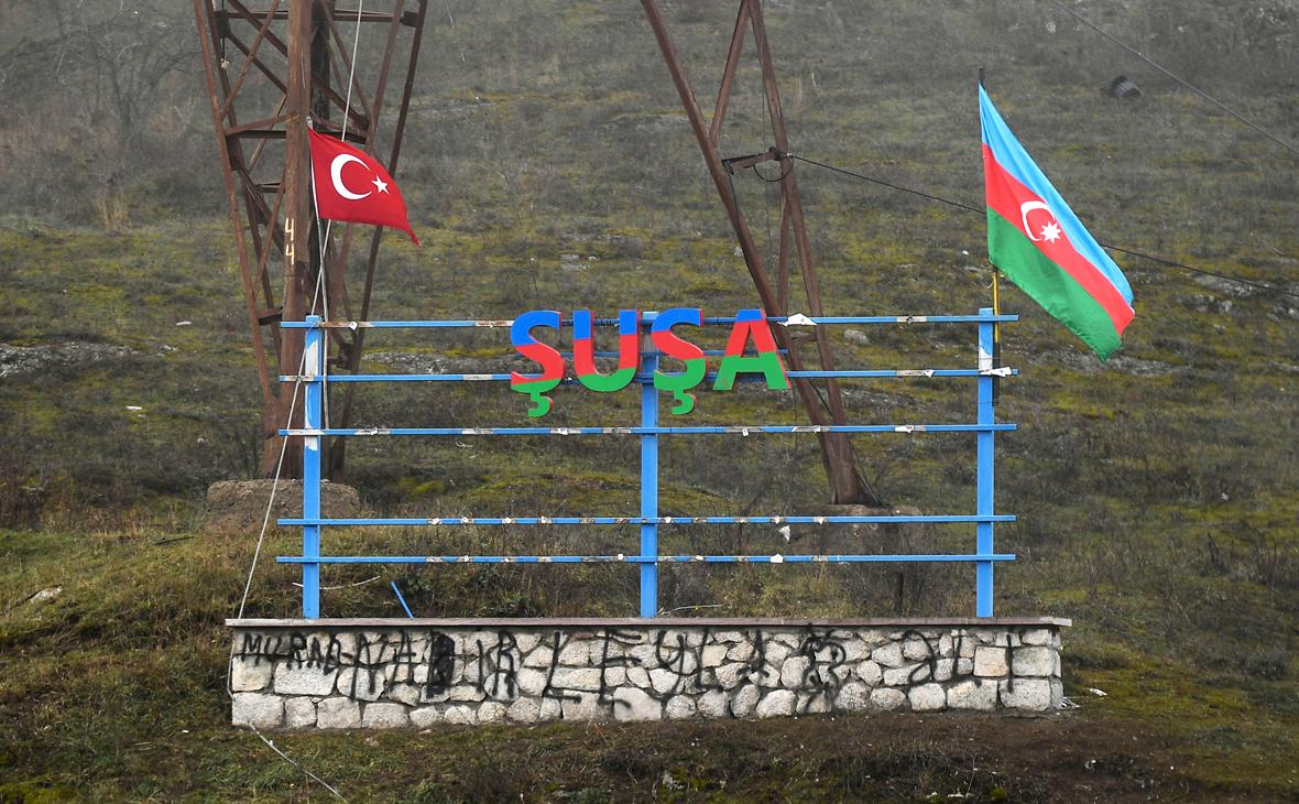 Photo of «Եթե շաբաթը 3 անգամ թուրքերը մեր գյուղով անցնում, բարձրանում են Շուշի, էլ ինչ անվտանգության մասին կարող է խոսք գնալ». Շոշի գյուղապետ