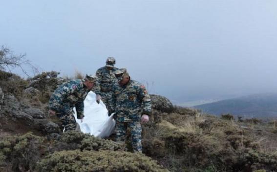 Photo of Արցախի փրկարարները Դիզափայտի ճանապարհին հայտնաբերել են ևս 2 հայ զինծառայողի աճյուն