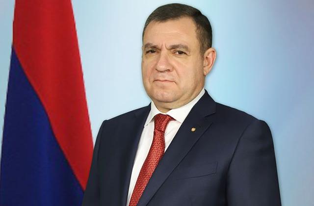 Photo of Полномочия председателя Высшего судебного совета Рубена Вардазаряна приостановлены