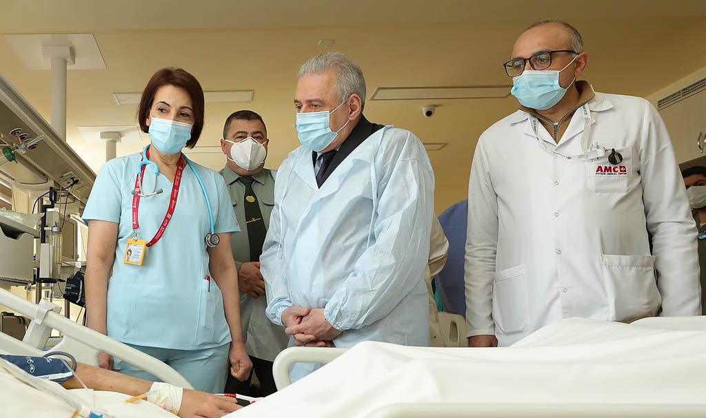Photo of Министр обороны Армении дал распоряжения для решения вопроса лечения военнослужащего за рубежом