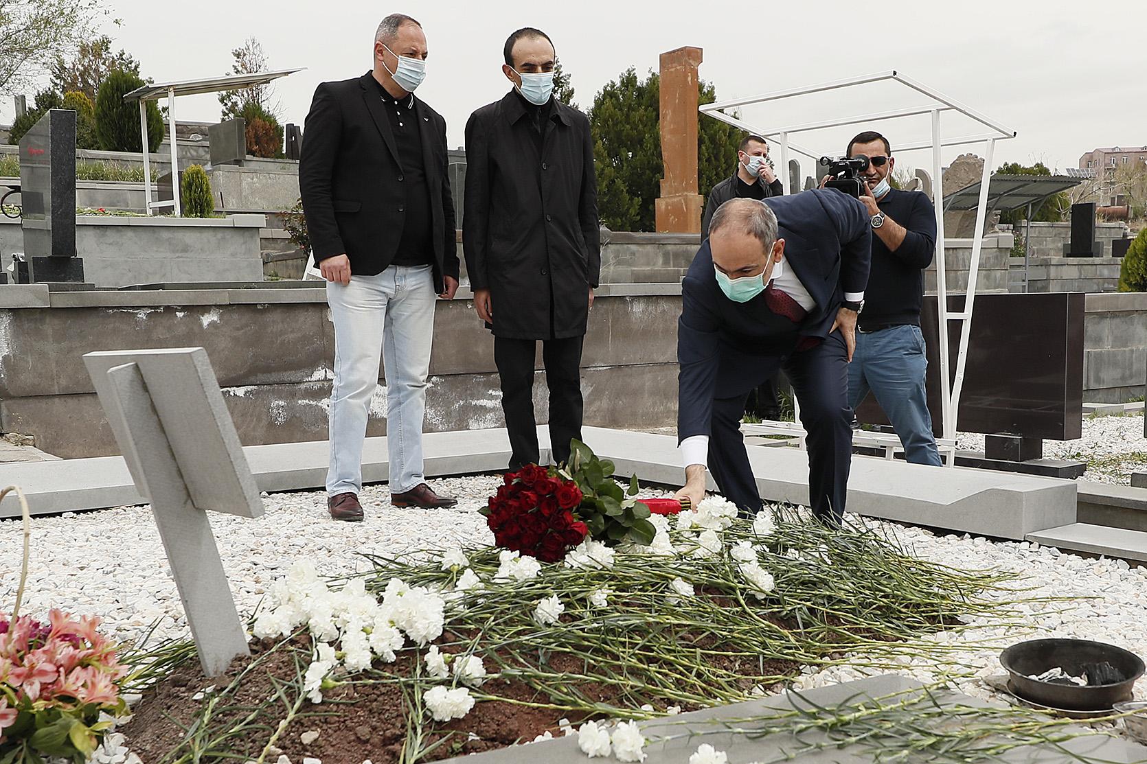 Photo of Премьер-министр Армении почтил память Командоса