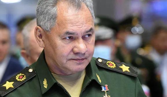 Photo of Шойгу объявил проверку боевой готовности российских войск