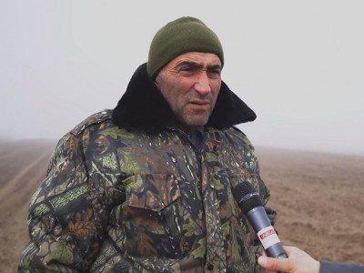 Photo of Գնում կանգնում ենք սահմանին, որ հովիվները կարողանան անասուններին արածացնեն․Արավուսի վարչակազմի ղեկավար