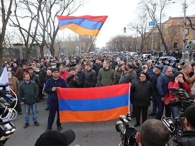 Photo of Այսօրվանից ազատում ենք Դեմիրճյան փողոցը. Հայրենիքի փրկության շարժումը մարզային այցելություններ է սկսում