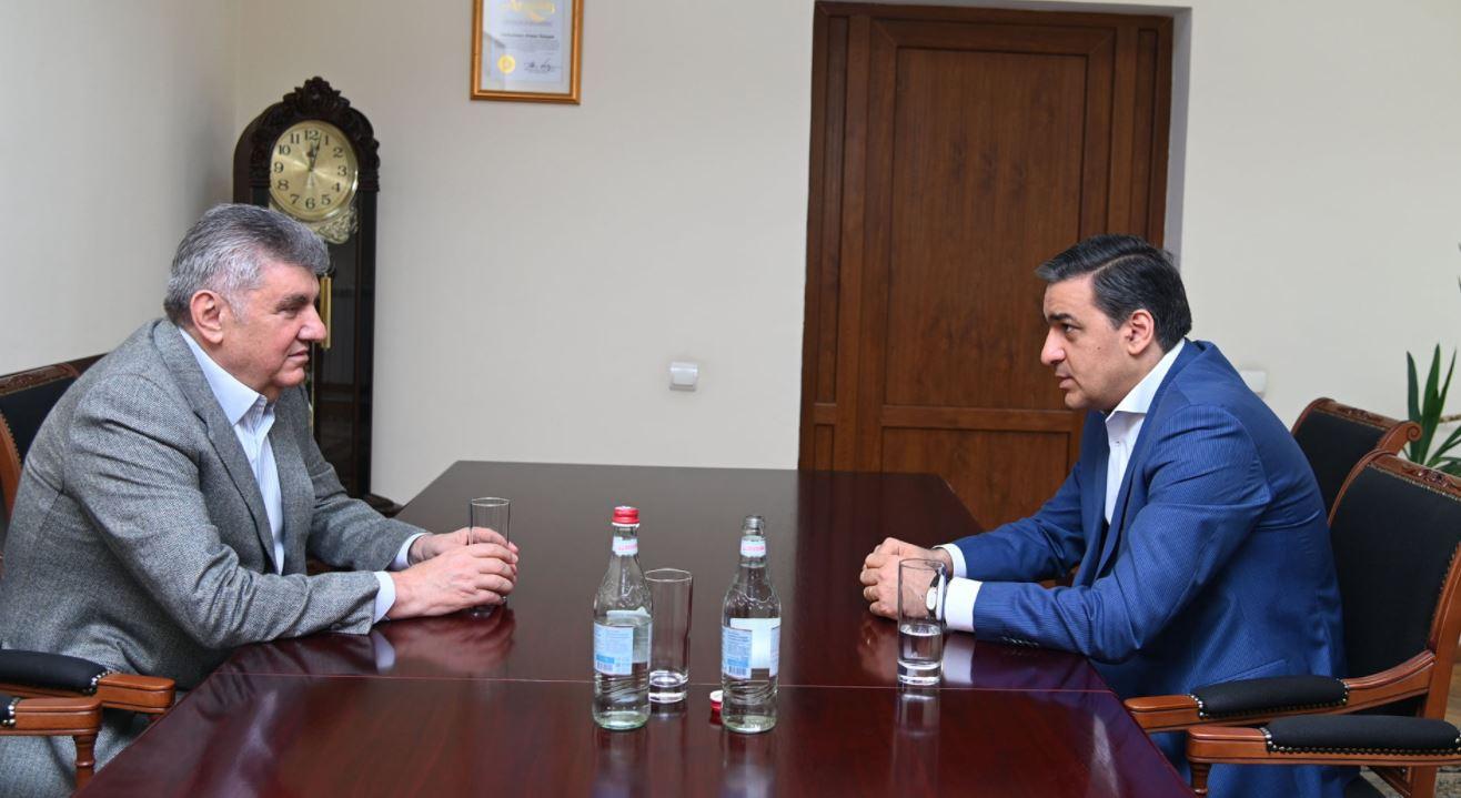 Photo of ՀՀ մարդու իրավունքների պաշտպանը Ռուսաստանի հայերի միության նախագահի հետ քննարկել է ՌԴ-ում մեր հայրենակիցների իրավունքների պաշտպանության հարցերը