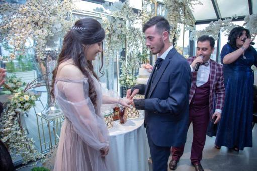 Photo of Любовь в «Доме воина». Раненый военнослужащий и медсестра поженятся: фотографии