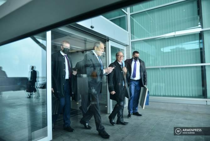Photo of ՌԴ արտգործնախարար Սերգեյ Լավրովը ժամանեց Երևան