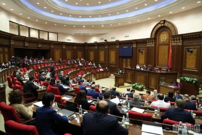 Photo of Правящий блок «Мой шаг» в первом чтении единогласно одобрил проект нового Избирательного кодекса