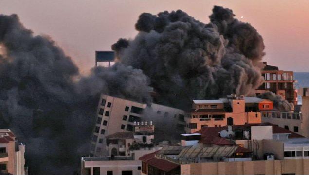 Photo of Число жертв израильских авиаударов по сектору Газа возросло до 65