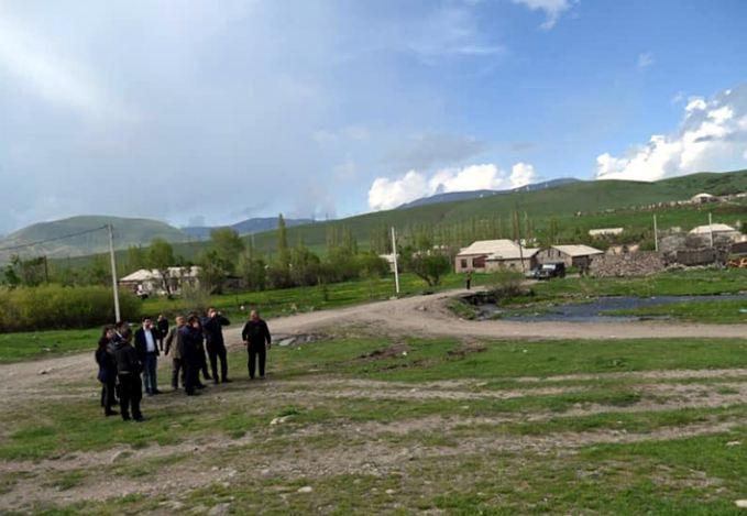 Photo of «Согласно GPS, село становится приграничным, но люди не собираются покидать его». Глава общины Кут