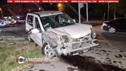 Photo of Խոշոր ավտովթար Երևանում. Ազատության պողոտայում բախվել են Opel-ն ու Nissan-ը. վերջինս էլ տապալել է 2 էլեկտրասյուն. կա վիրավոր
