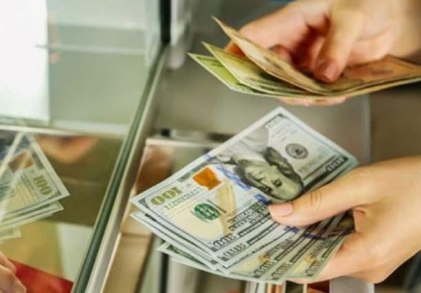 Photo of ԱՄՆ դոլարը եւ եվրոն չնչին նվազում են արձանագրել. ԿԲ-ն սահմանել է նոր փոխարժեքներ