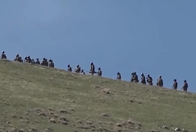 Photo of «Как разовьются события, если по подходящим к границе азербайджанцам будет открыт огонь, и среди их солдат будут жертвы?»