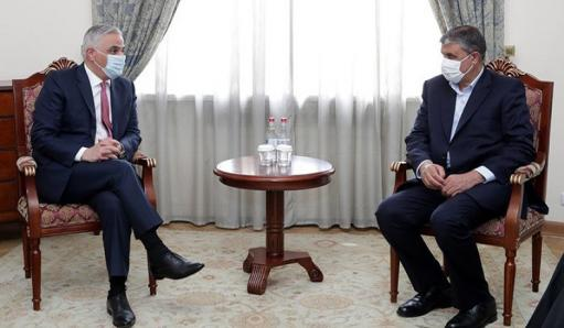 Photo of Армения не обсуждала и не будет обсуждать вопросы по «коридорной» логике: Григорян иранскому министру