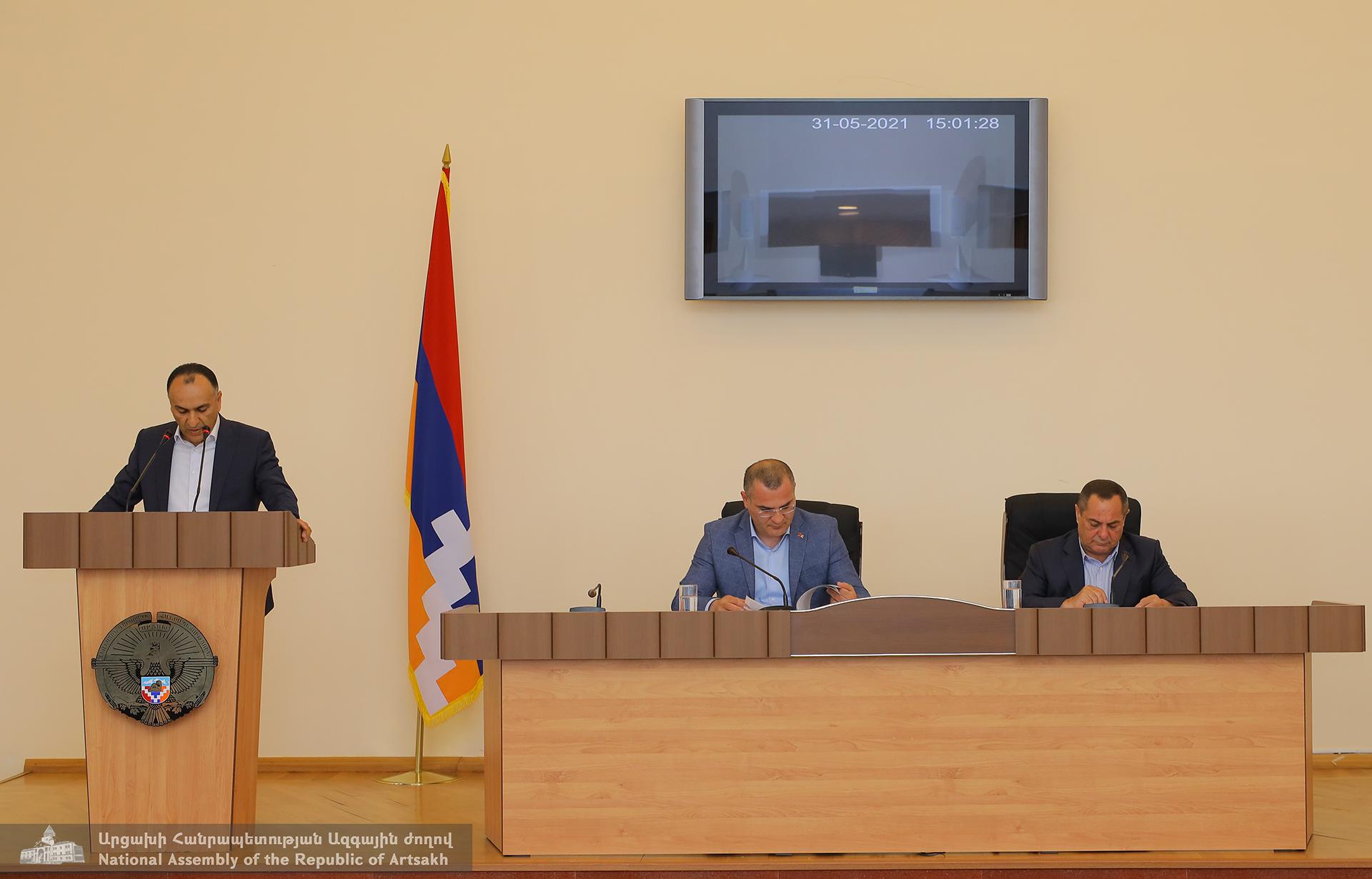 Photo of Արցախի ԱԺ մշտական հանձնաժողովների համատեղ նիստերում շարունակվում են 2020թ. պետբյուջեի կատարողականների քննարկումները