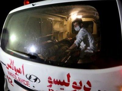 Photo of В результате взрывов у школы в Кабуле погибли 37 человек