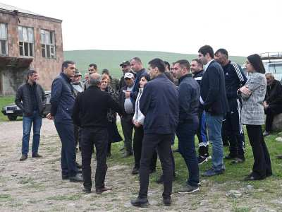 Photo of Կութ գյուղն ու դպրոցը հայտնվել են ադրբեջանական զինծառայողների նշանառության տակ. Արման Թաթոյան