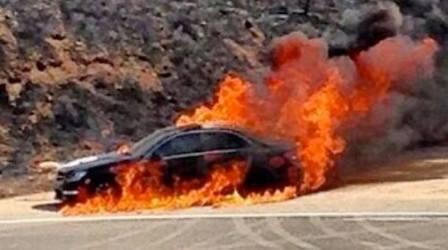 Photo of Երևան-Գյումրի ավտոճանապարհին մեքենա է այրվել