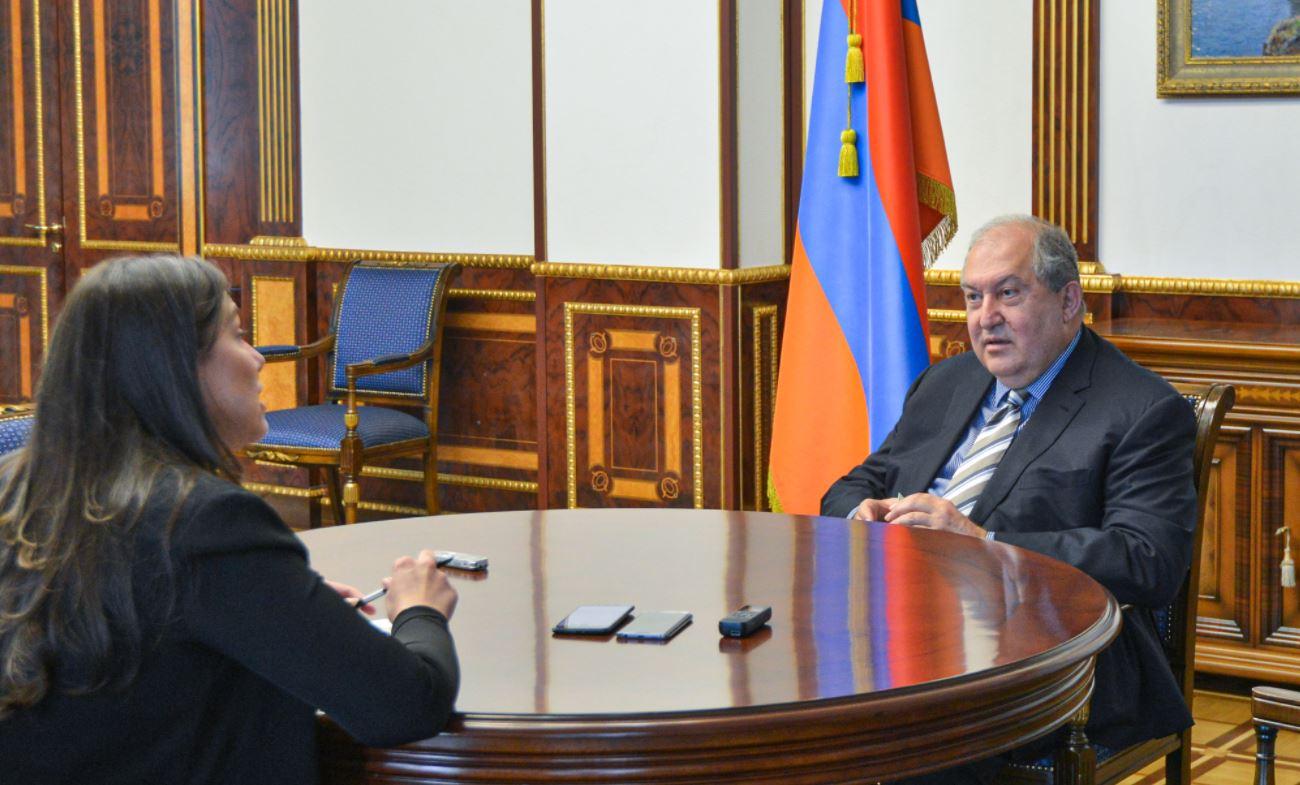 Photo of Պետք է կայունացնենք իրավիճակը և կենտրոնանանք բազմաթիվ խնդիրների վրա. նախագահ Արմեն Սարգսյանի հարցազրույցը El Pais պարբերականին