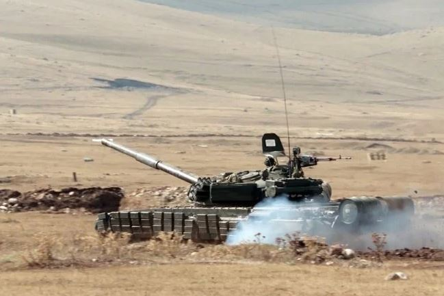 Photo of Армения в войне в Арцахе, как минимум, добилась боевой ничьи – российский военный эксперт