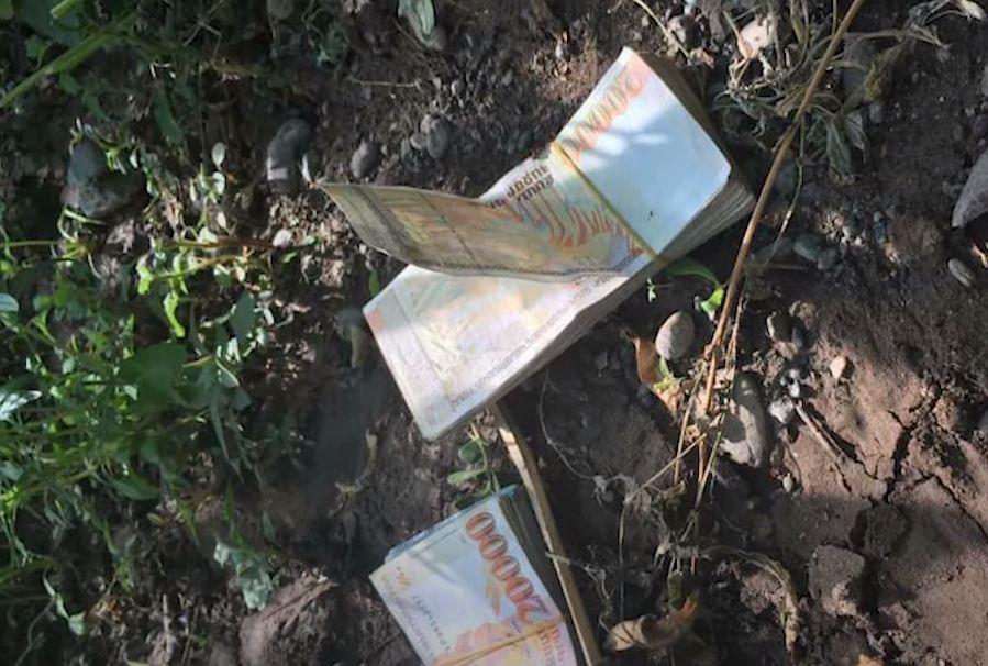 Photo of Տան բակ են նետել ընտրակաշառքի առարկա հանդիսացող գումարը. Արմավիրի նախկին քաղաքապետի ձերբակալման պահը