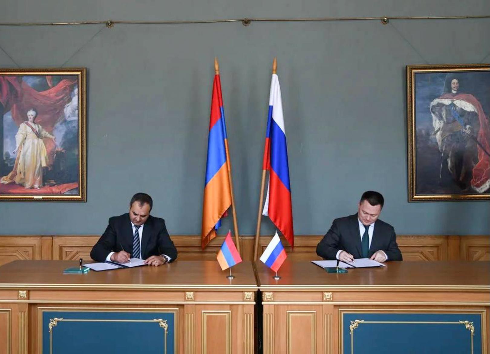 Photo of На полях ПМЭФ состоялась встреча генеральных прокуроров Армении и РФ