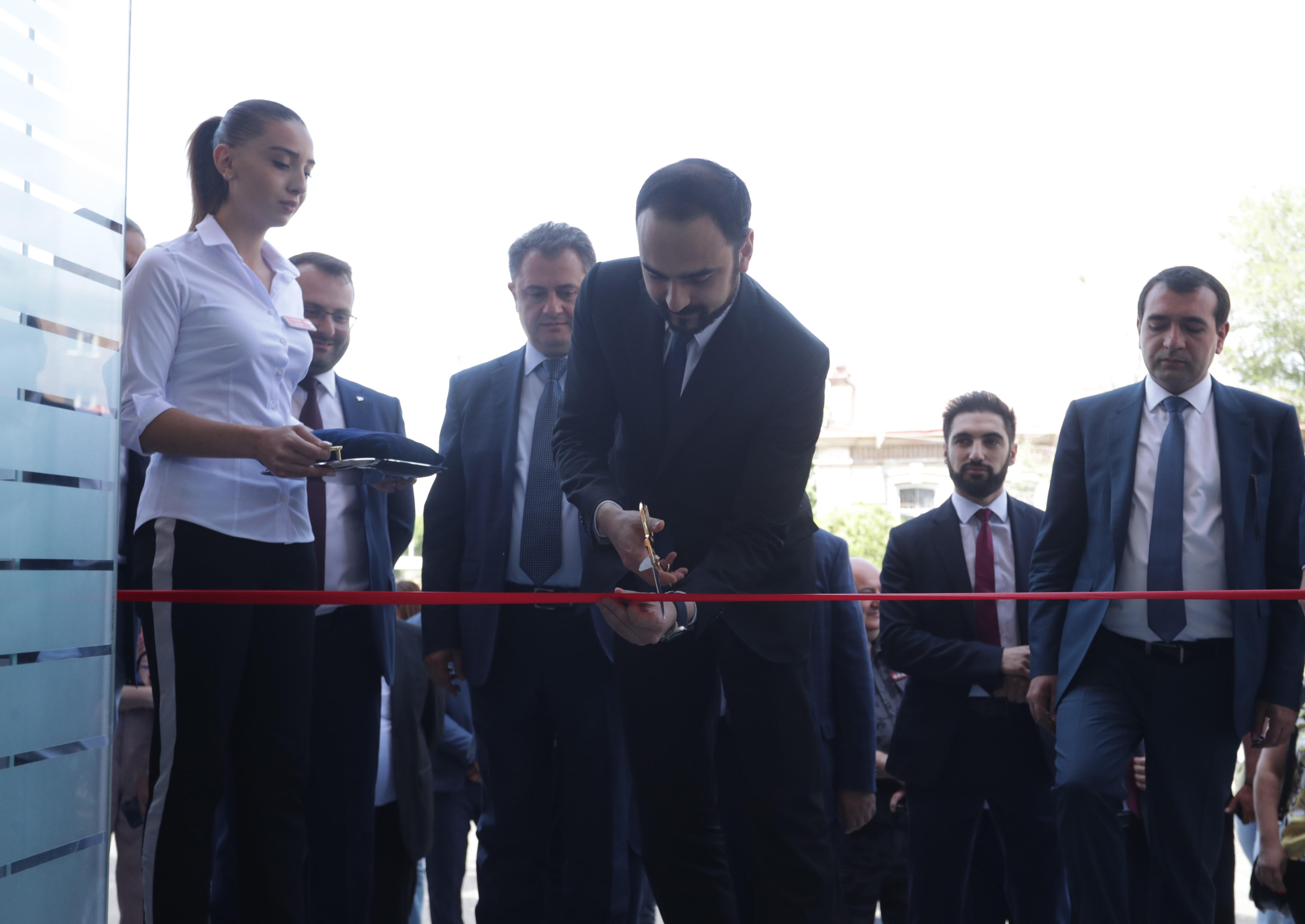 Photo of Տիգրան Ավինյանը մասնակցել է Հանրային ծառայությունների միասնական գրասենյակի բացմանը