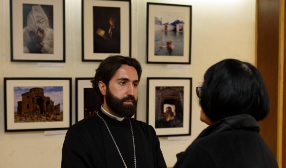 Photo of Որքան էլ լսելի լինեն ճիչեր և աղաղակներ, ստույգ է, հայ հոգևորականը չի իջնելու իր վեհ դիրքից և չի խառնվելու «վայրի արջի ցեղերին». Ասողիկ աբեղա Կարապետյան
