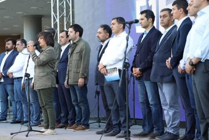 Photo of Члены движения «5165» побывали в Гюмри и Эчмиадзине