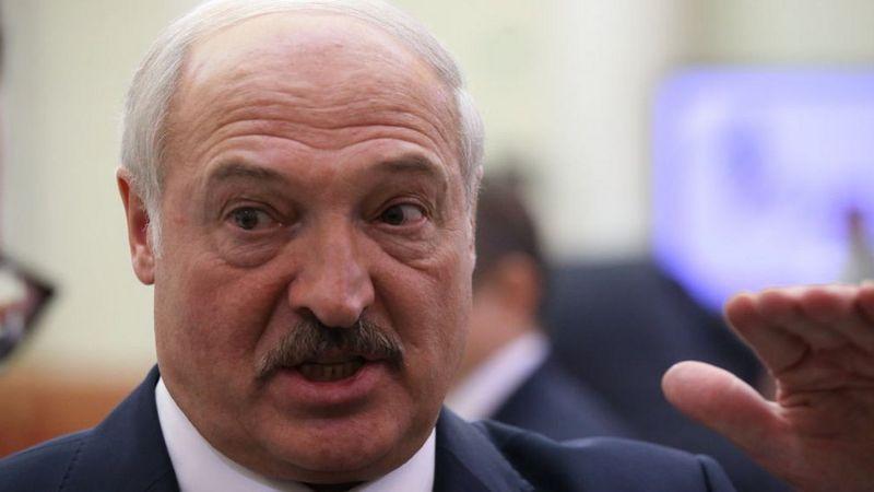 Photo of Евросоюз ввел санкции против Беларуси. Под запрет попал экспорт калия и нефтепродуктов