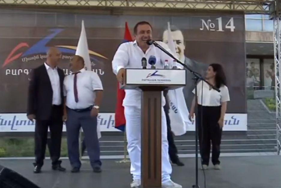 Photo of ԲՀԿ առաջնորդ Գագիկ Ծառուկյանը Շիրակի մարզկենտրոնում է