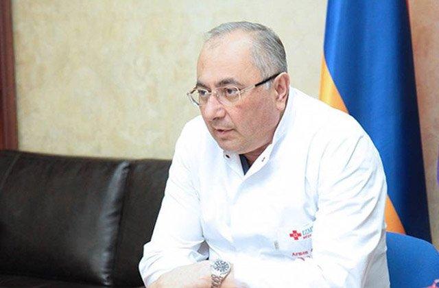 Photo of Պրոֆեսոր Չարչյանին սրտային տագնապով տեղափոխում են բժշկական կենտրոն