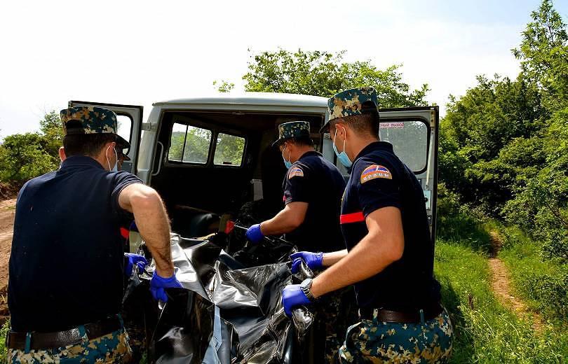 Photo of Арцахские спасатели обнаружили останки еще 3 погибших