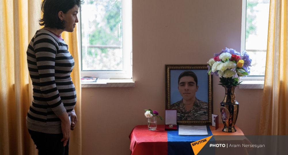 Photo of Ուզում էր զինվորական դառնալ` հավերժ զինվոր մնաց. Արտյոմը զոհվեց իր 71 ընկերների հետ միասին