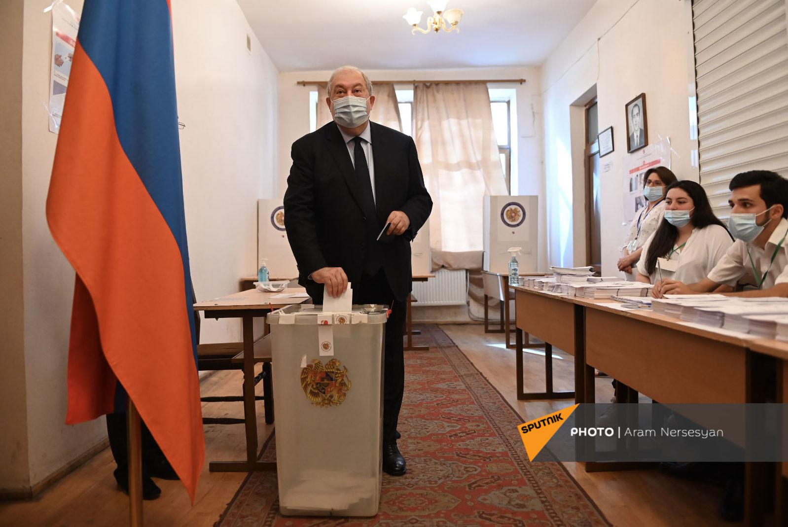 Photo of Նախագահ Արմեն Սարգսյանը կատարեց իր ընտրությունը