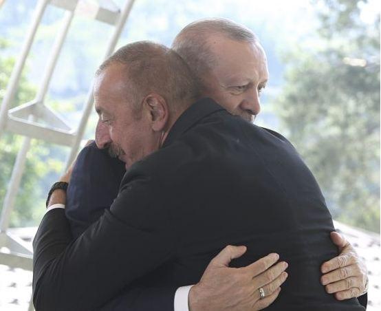 Photo of «Ответ реальным врагам армянского народа остался вне повестки дня». Тюрколог
