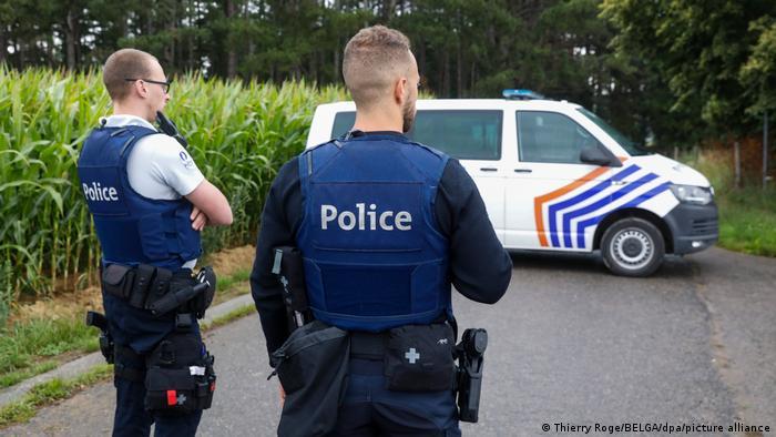 Photo of В Бельгии найден мертвым солдат, угрожавший известному вирусологу