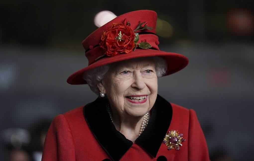 Photo of Елизавета II поздравила принца Гарри и Меган Маркл с рождением дочери