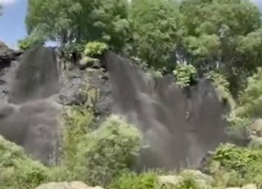 Photo of Ինչո՞ւ է Շաքիի ջրվեժից սեւ ջուր հոսում