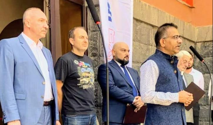 Photo of Посольство Белоруссии в Ереване – это негласное представительство СГБ Азербайджана в Армении: Лапшин