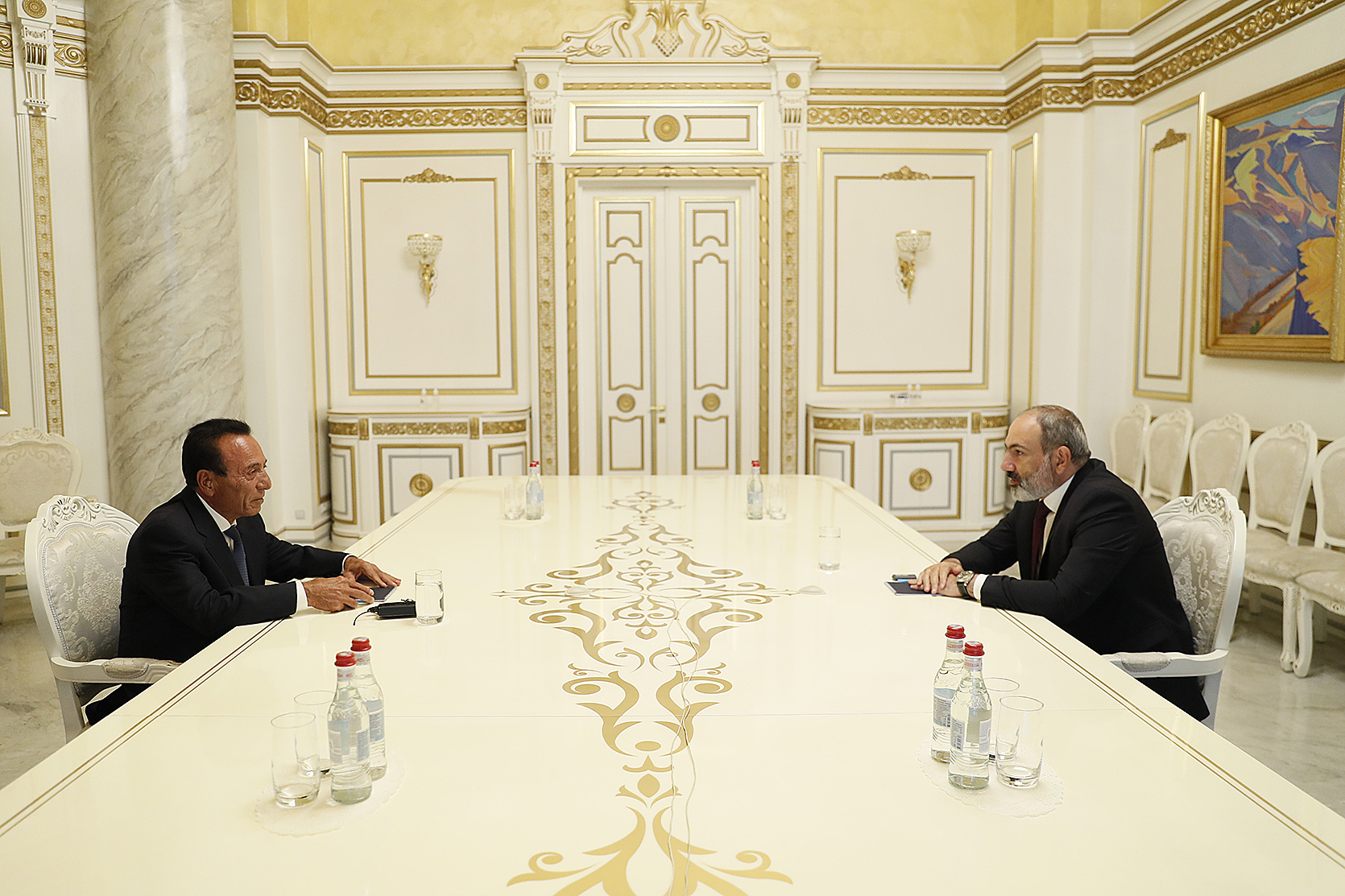 Photo of Նիկոլ Փաշինյանը հանդիպել է ՍԴՀԿ կենտրոնական վարչության ատենապետ Սեդրակ Աճեմյանին