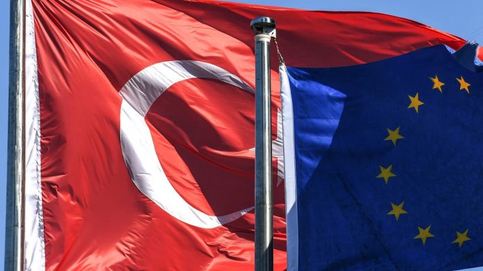 Photo of ԵՄ-ը Եվրահանձնաժողովին հանձնարարել է նոր ֆինանսական օգնություն պատրաստել Թուրքիայի համար