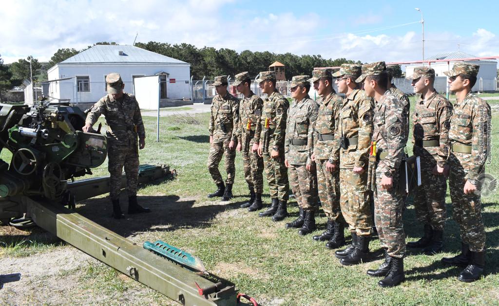 Photo of 2-րդ զորամիավորման հրետանային ստորաբաժանումների զինծառայողների հետ անցկացվել են գործնական պարապմունքներ