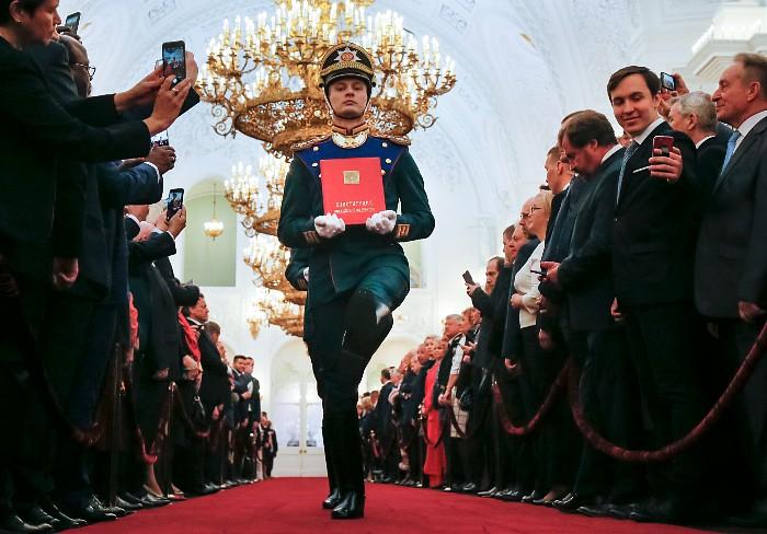 Photo of Путин пообещал поддержать любого преемника, преданного России