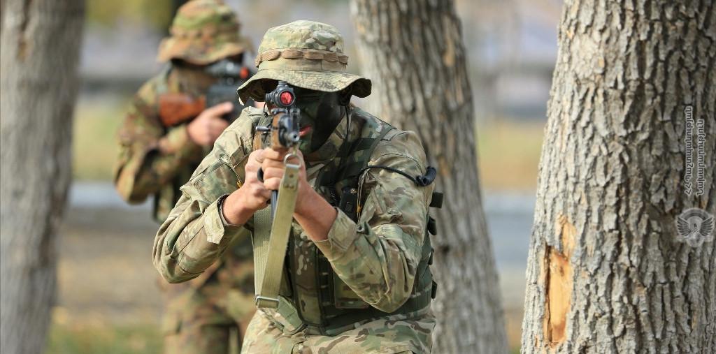 Photo of Азербайджанская сторона открыла огонь по армянским позициям в Гегаркунике
