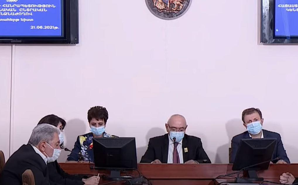 Photo of ԿԸՀ-ն ամփոփում է բոլոր ընտրատեղամասերի նախնական արդյունքները