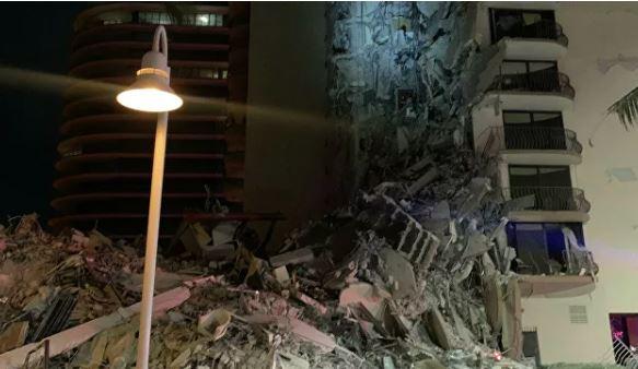 Photo of Байден объявил режим ЧС во Флориде после обрушения многоэтажного дома